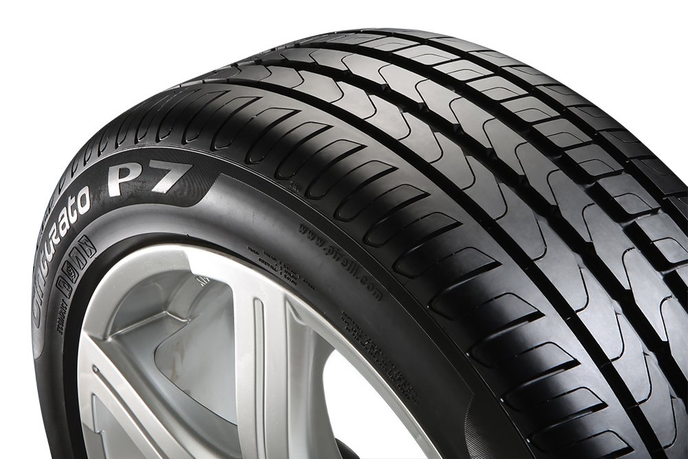 C//B//71 Pirelli Cinturato P7-215//55//R17 94W Summer Tire