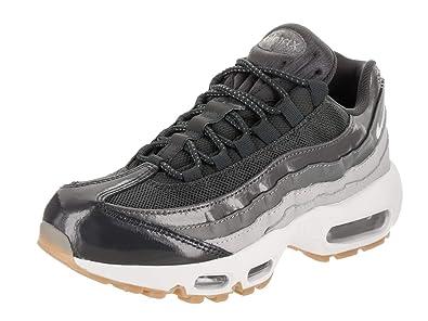 meet 0fe96 3de70 Nike Women's Air Max 95 Casual Shoe