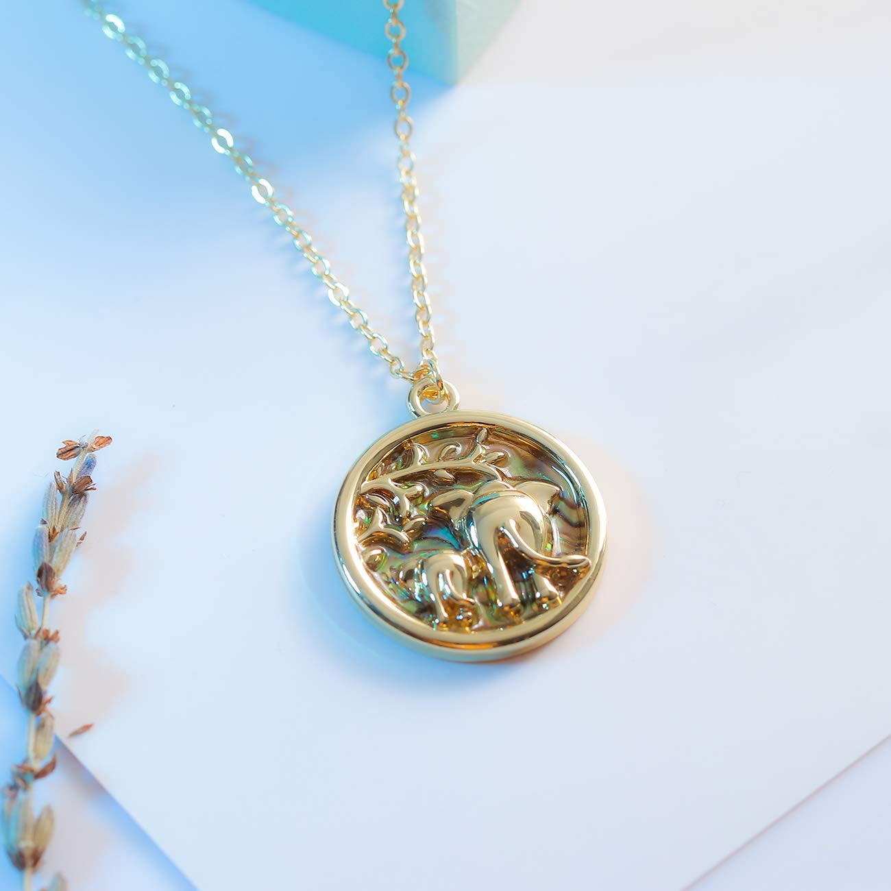 PANGRUI Nature Abalone Paua Shell Elephants and Baby Elephant with Deliacate Branches Reversible Round Circle Pendant Necklace Gifts for Anyone Animal Pendant