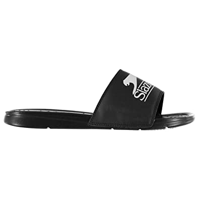 19ec3e4d6104b9 Slazenger Boys Basic Pool Shoes Black UK 6 (39)  Amazon.co.uk  Shoes ...