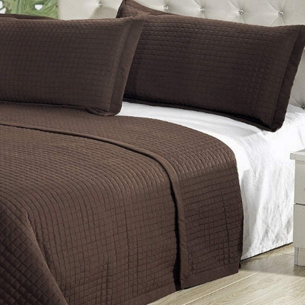 Hotel Style Bedspread Coverlet Quilt Set 2-Piece with Shams - Hypoallergenic Lightweight Reversible Soft Comforter Bed Cover - Twin/Twin XL Size Brown