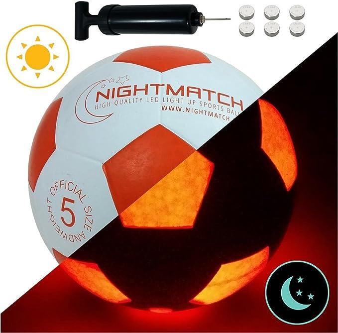 NIGHTMATCH Balón de Fútbol Ilumina Incl. Bomba de balón - LED Interior se Enciende Cuando se patea – Brilla en la Oscuridad - Tamaño 5 - Tamaño y Peso Oficial Blanco/Naranja: Amazon.es: