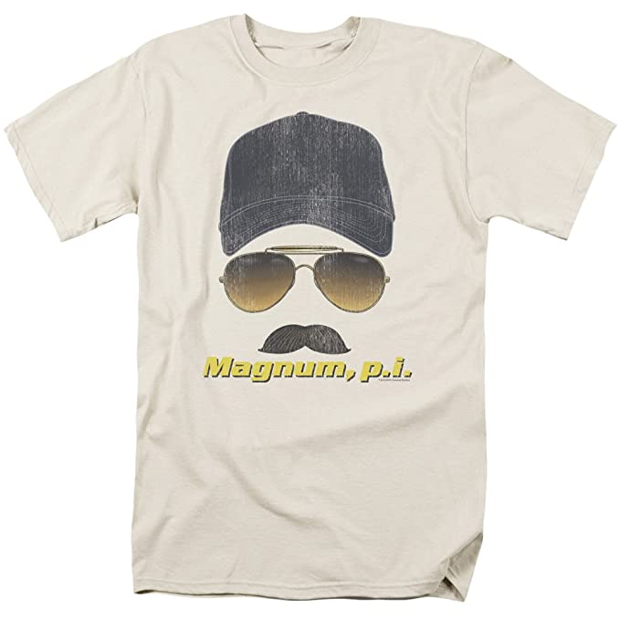 e24d3ab0 Amazon.com: Trevco Men's Magnum Pi Geared Up Adult T-Shirt: Clothing