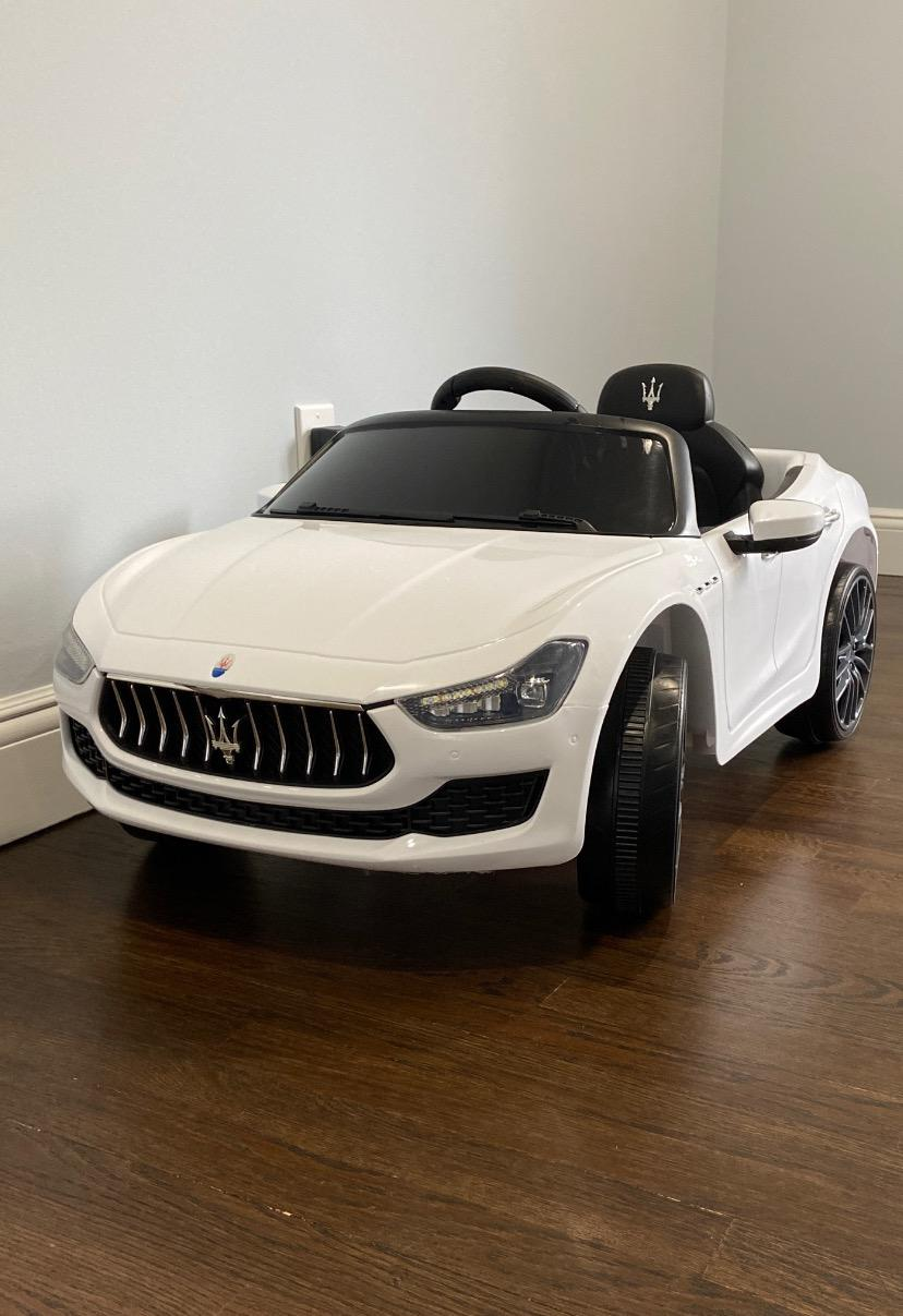 Maserati Kids Car 12V Ride On With Remote, White photo review