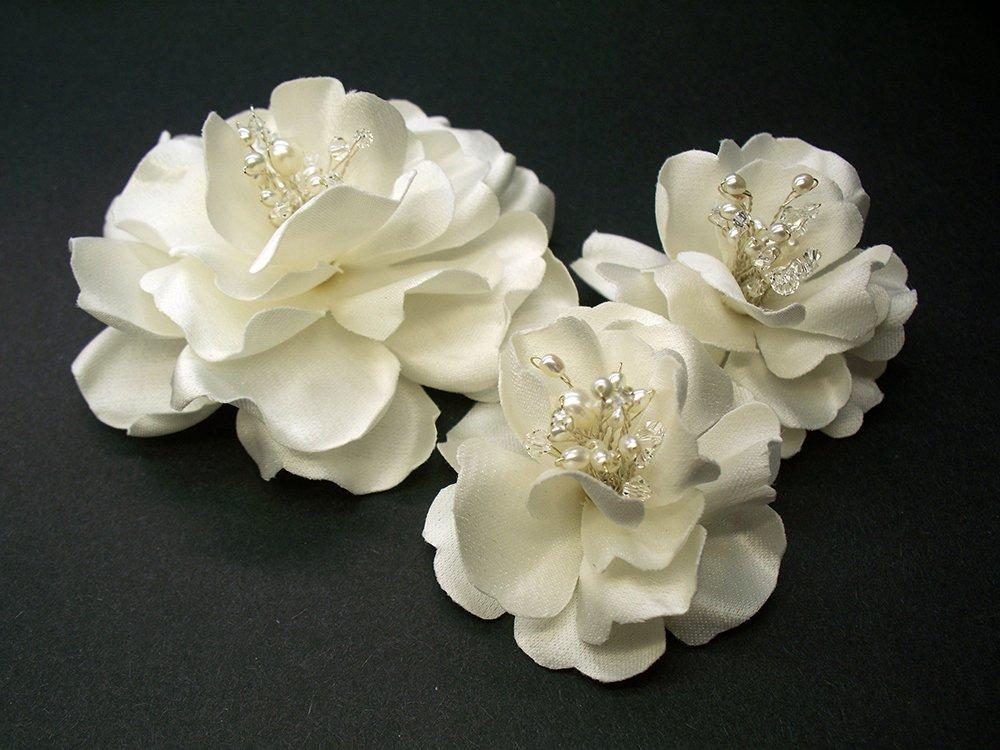 Amazon Com Antique White Magnolia Bridal Hair Clips And Wedding