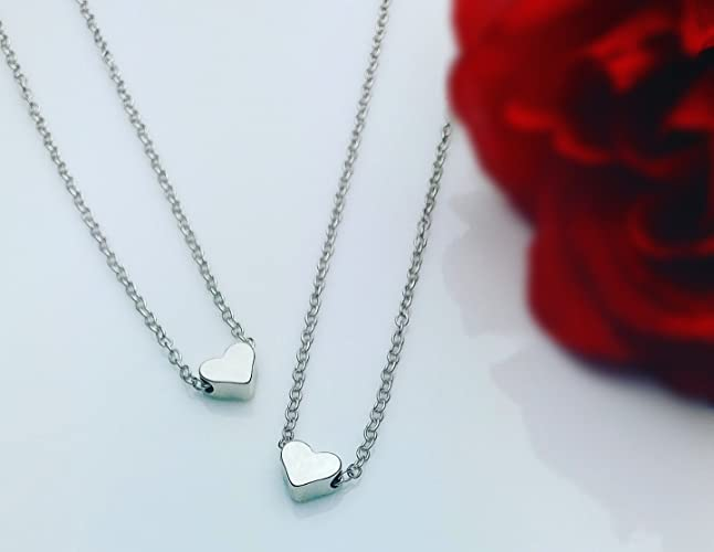 Amazon prettyneck 2 tiny heart pendant silver plated choker prettyneck 2 tiny heart pendant silver plated choker statement chain necklaces love gifts mozeypictures Images
