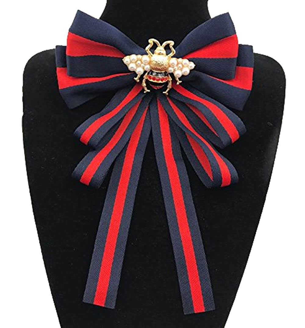 Multi-layered bow-knitted brooch bee cravat
