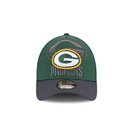 5976ee06e54faf Image Unavailable. Image not available for. Color: Green Bay Packers New  Era 39THIRTY Shadow Tech Flex Fit Hat