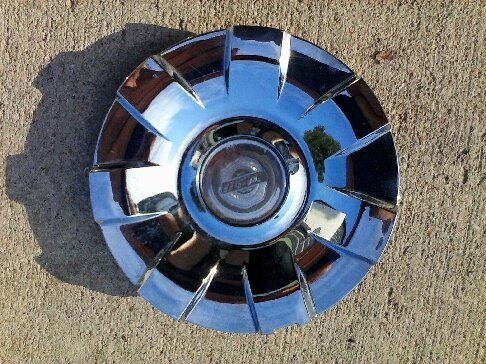 OEM CHRYSLER ASPEN 2007-2009 WHEEL CENTER CAP HUBCAP 52013719AA