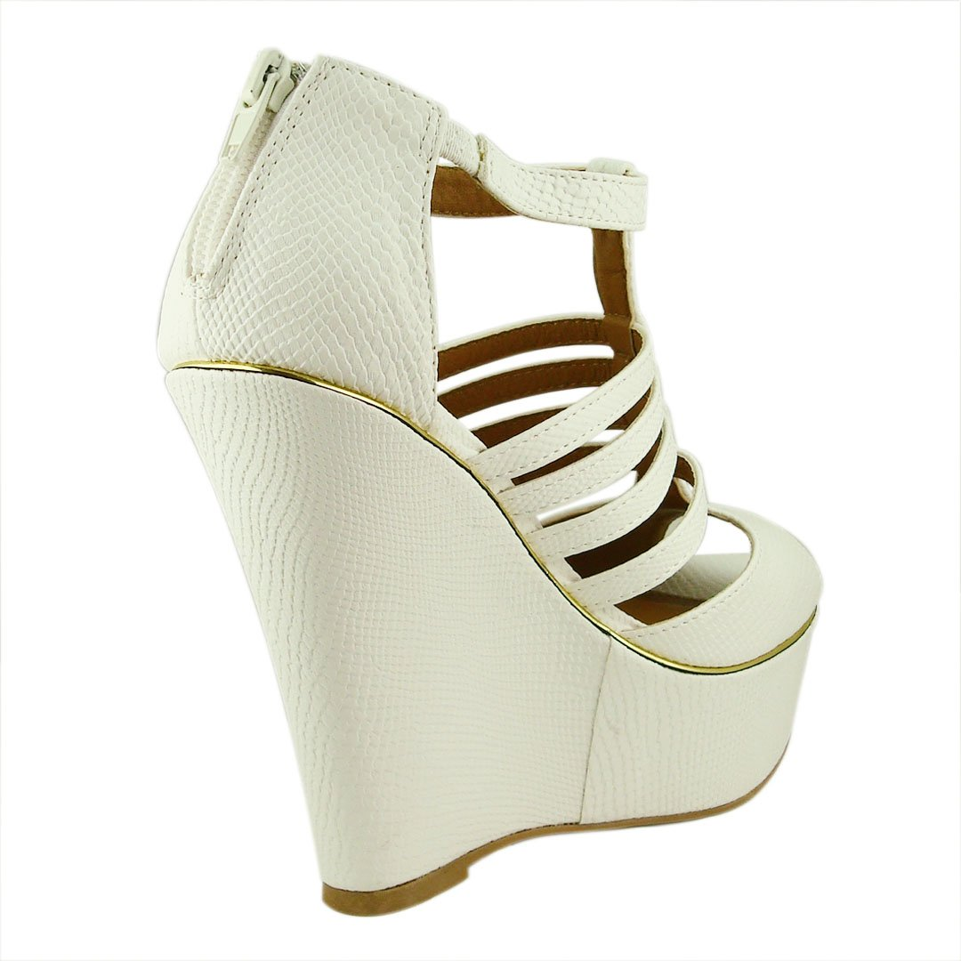 Qupid Women's Finder258 Leatherette Strappy Wedge Sandal B00JX5M47A 6.5 B(M) US|White