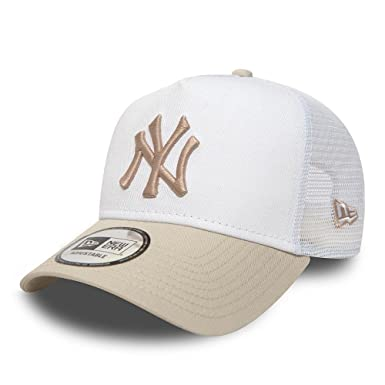 44913b9a New Era NY Yankees League Essential Trucker Cap - White/Stone: Amazon.co.uk:  Clothing