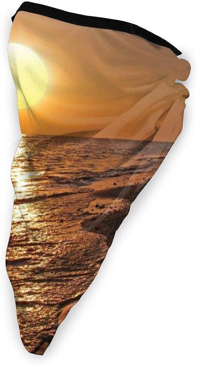 Buena puesta del sol mar al aire libre cara boca cubierta a ...
