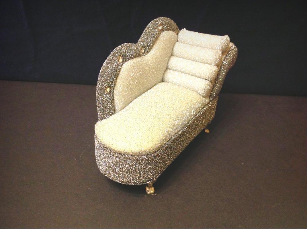 Amazoncom Doll Dollhouse Furniture Sparkling Diamond Lounge Chair