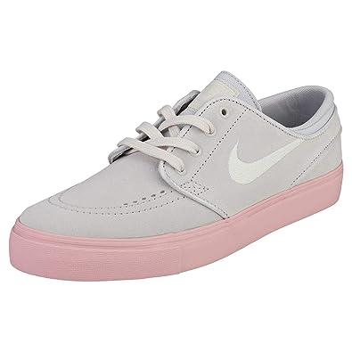 detailed look 96ae7 eb558 Amazon.com | Nike SB Stefan Janoski (Kids) | Sneakers