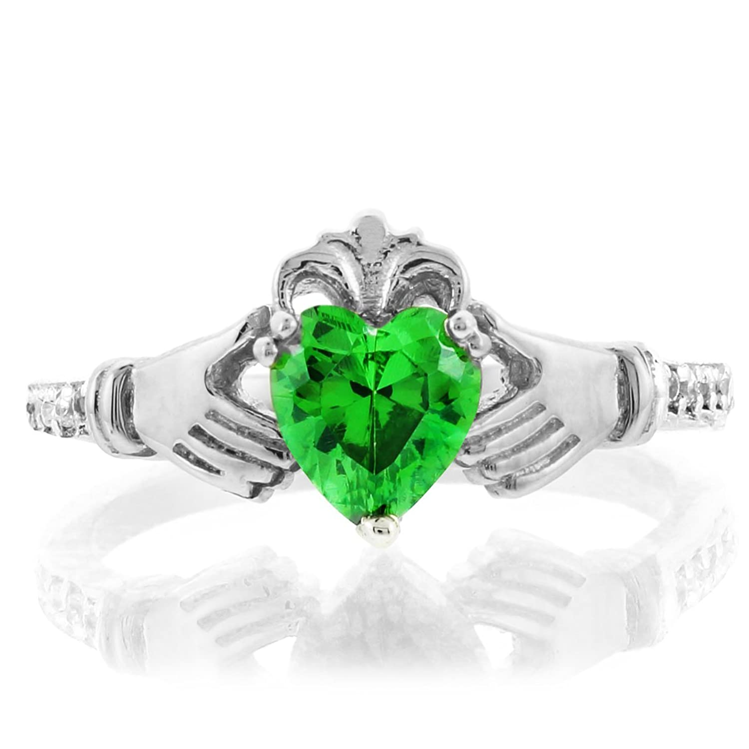 unique wedding fashion bridal engagement emerald beautiful rings green hbz