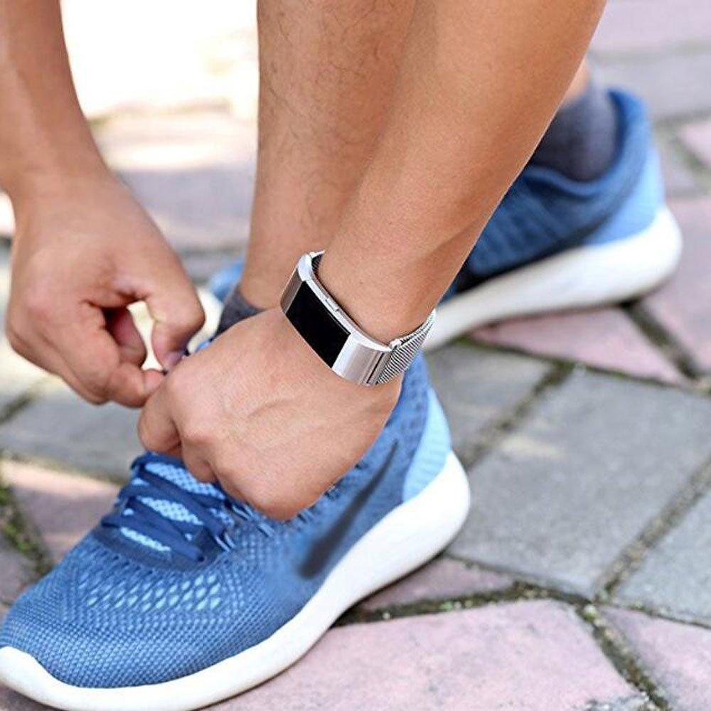 Fun Sponsor Fitbit Charge 2 Armband, Milanese Edelstahl Handgelenk Ersatzband Armbänder mit Magnet-Verschluss für Fitbit Charge2 Silber + Bonus Displayschutzfolie by