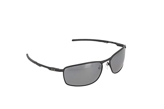 39a13eed92d Amazon.com  Oakley Men s Conductor Sunglasses