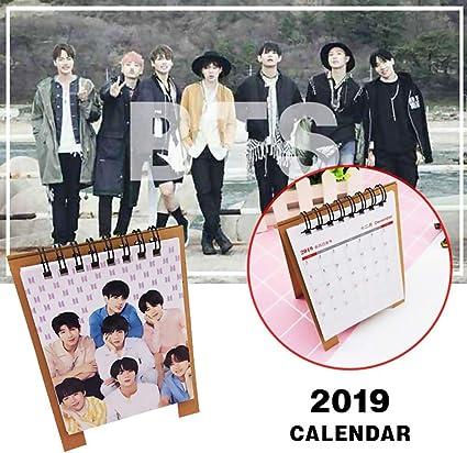 Calendario de mesa BTS de BTS, calendario de mesa 2019, KPOP Bangtan Joven Jungkook, Jimin, V, Suga, Jin, J-Hope, Rap Monster 2019-2020, calendario de escritorio para The Army: Amazon.es: Hogar