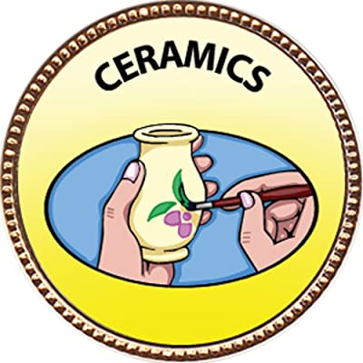 Keepsake Awards Ceramics Award, 1 inch Dia Gold Pin Creative Arts and Hobbies Collection: Toys & Games