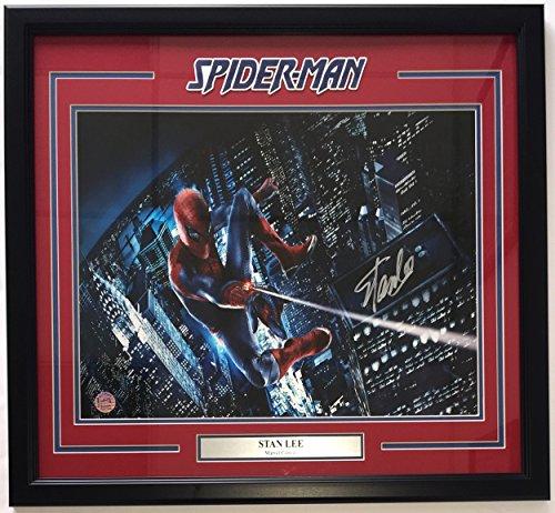 Stan Lee Marvel Comics Signed & Framed 16x20 Spider-Man Web Photo Stan Lee Holo