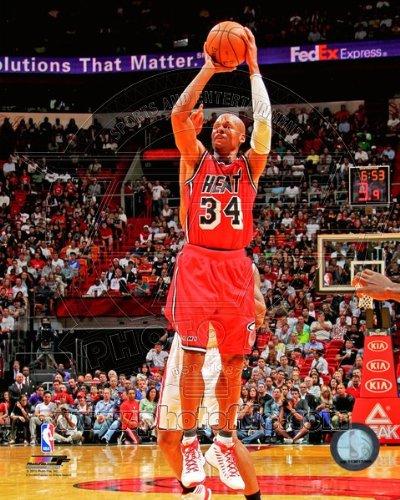 - Ray Allen Miami Heat 2012-2013 NBA Action Photo #17 8x10