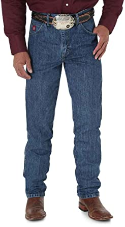 db790d56db Amazon.com  Wrangler Men s Jeans PBR Relaxed Fit  Clothing