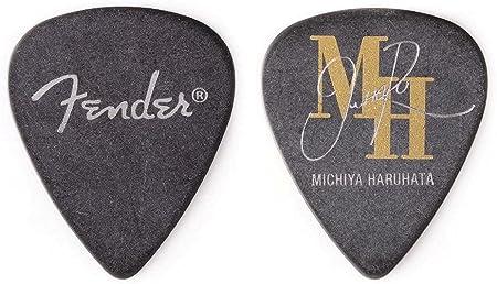 Amazon _ 【6枚セット】Fender Artist Signature Pick Michiya Haruhata_春畑道哉 TUBE シグネチャー ギター ピック _ ギターピック _ 楽器