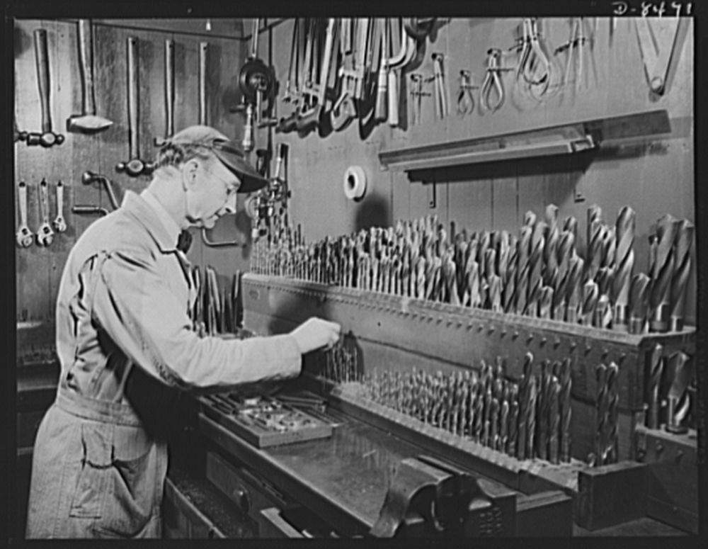 1942 Photo School in war. Los Angeles Polytechnic High. A corner of the tool room in the machine shop of the Los Angeles, Polytechnic High School. This shop is kept busy every day from 8:00 a.m. to 2: