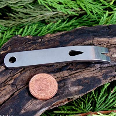 GOOTRADES Outdoor Crowbars Multi-function Pocket EDC Mini Survival Tools Keychain from GOOTRADES