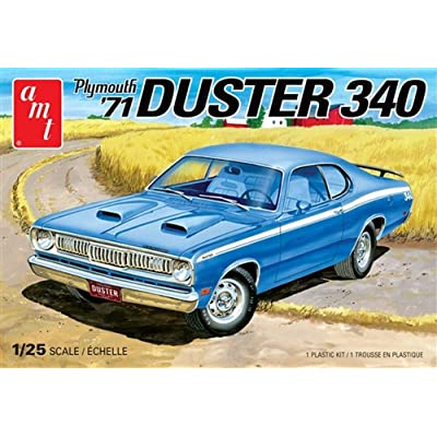 AMT 1971 Plymouth Duster 340 Model Car Kit: Toys & Games