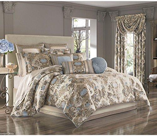 (J. Queen New York Jordyn Olivia 4 Piece King Comforter Set in Taupe)