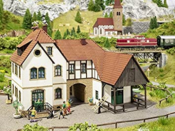 Noch 63703 Holiday Farm »Linder« Houses, Buildings - Amazon Canada