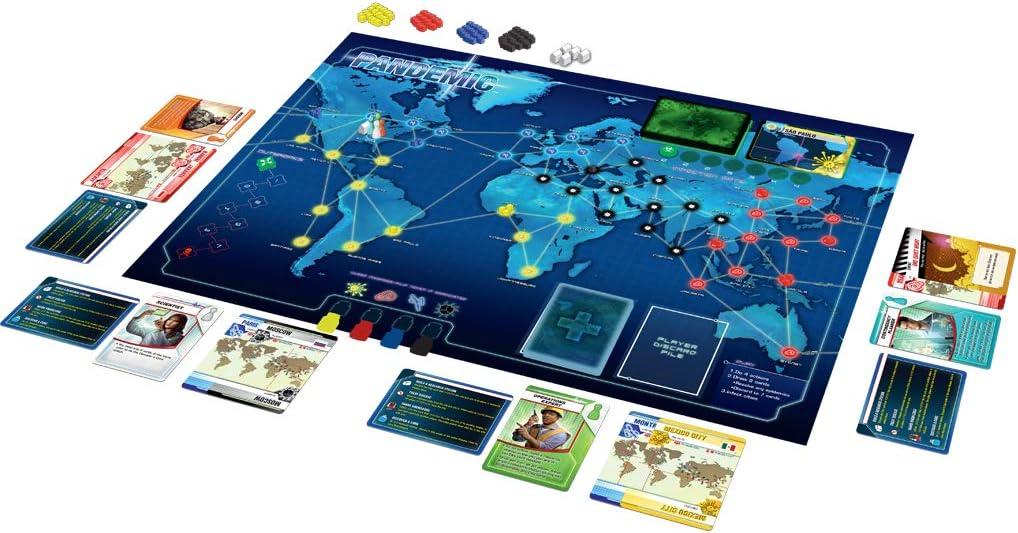Tablero y cartas de Pandemic - juegos de rol