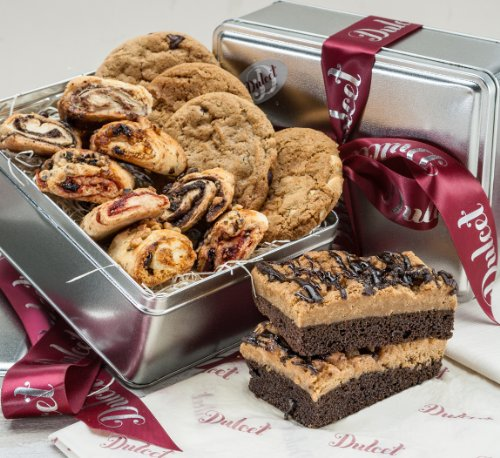 Old Fashioned Gourmet Bakery Gift-Includes: Chocolate Chip Cookie, Macadamia Nut Cookie, Peanut Butter Cookie, Oatmeal Raisin Cookie, Rugelach, Chocolate Crumb cake. Great Gift Basket!