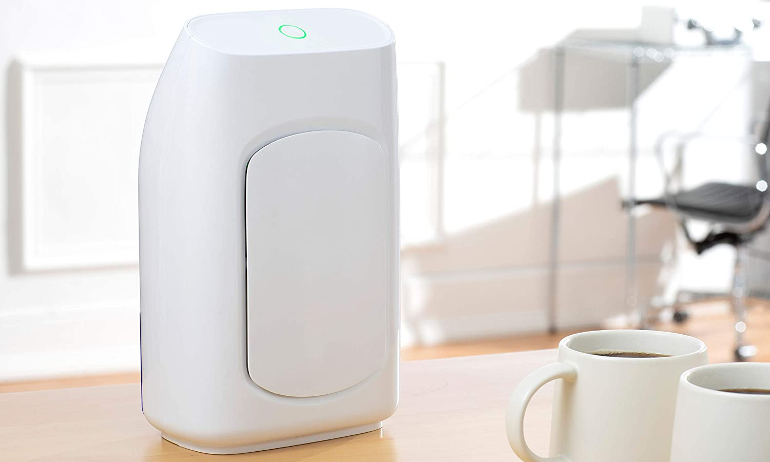 Fine Elements 700ml Electric Home Dehumidifier, Allergy Relieving Air Moisture and Mould Remover for Bedroom, Kitchen, Office Use