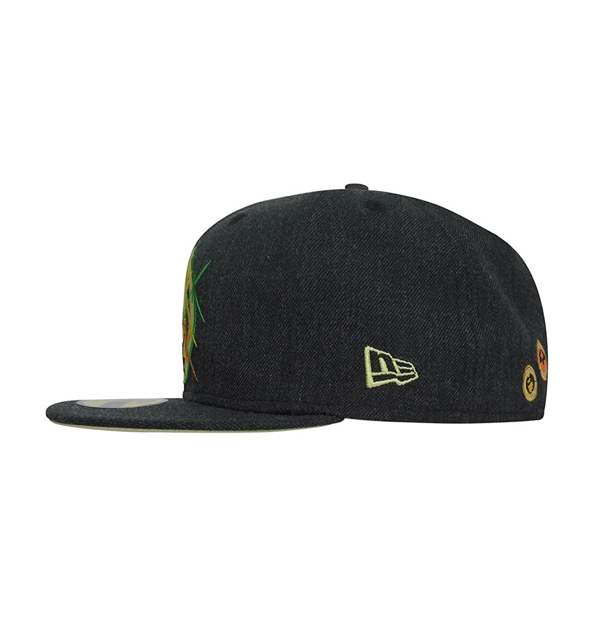 newest 0c581 227fa Avengers Infinity War Logo 59Fifty Fitted Hat at Amazon Men s Clothing  store