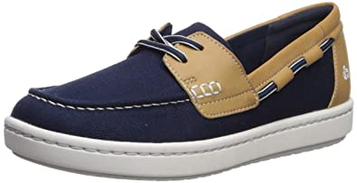 edabf43a79 Amazon.com | CLARKS Women's Step Glow Lite Boat Shoe | Shoes