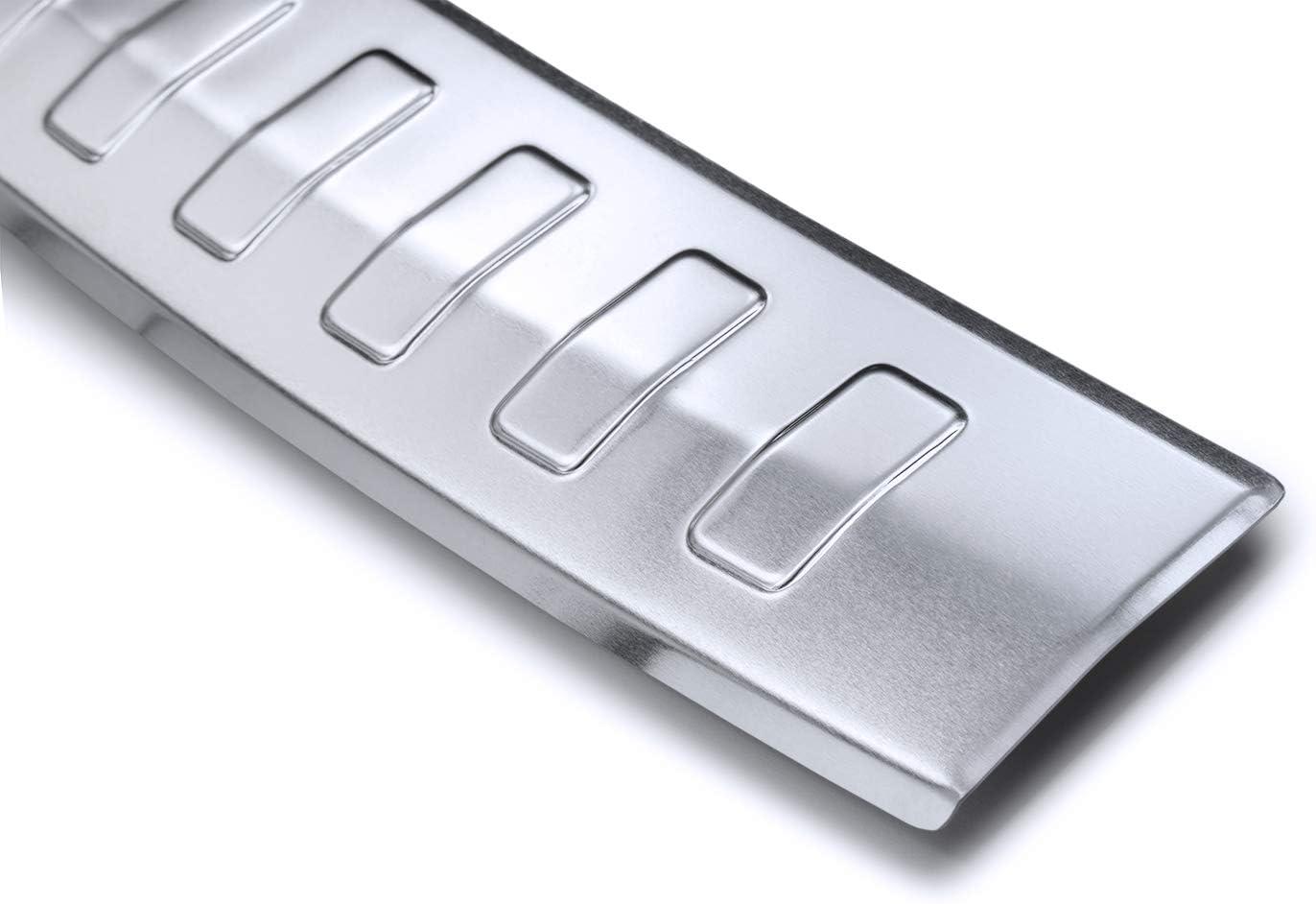 teileplus24 AL112 Ladekantenschutz aus technischem Vollaluminium mit 3D Pr/ägungen und Abkantung einfache Montage fahrzeugspezifische Passform Farbe:Silber