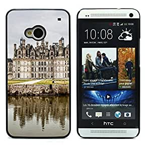 Graphic4You Chambord Castle France Postcard Design Hard Case Cover for HTC One (M7)