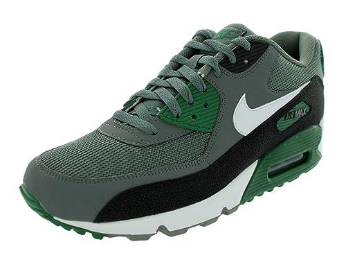 dcf77a41da76 Amazon.com  Nike Mens Force Savage Elite TD Black White Size 10 ...