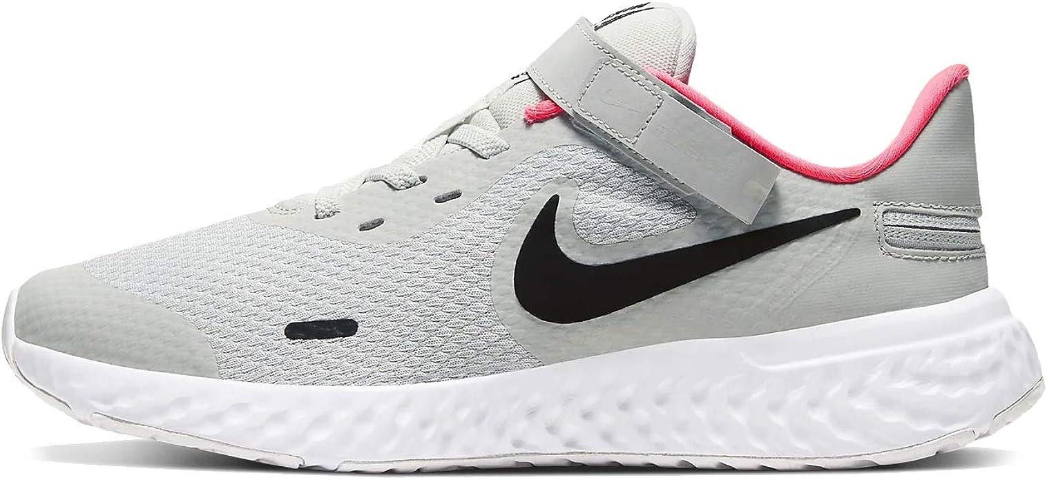 Amazon Com Nike Revolution 5 Flyease 4e Gs Casual Running Shoes Big Kids Cq4650 002 Running