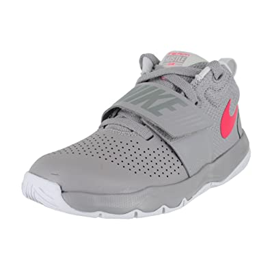 ea597504061c Nike Boy s Team Hustle D 8 (PS) Pre School Basketball Shoe Atmosphere Grey