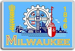 Usa, Wisconsin, Milwaukee city flag fridge magnet
