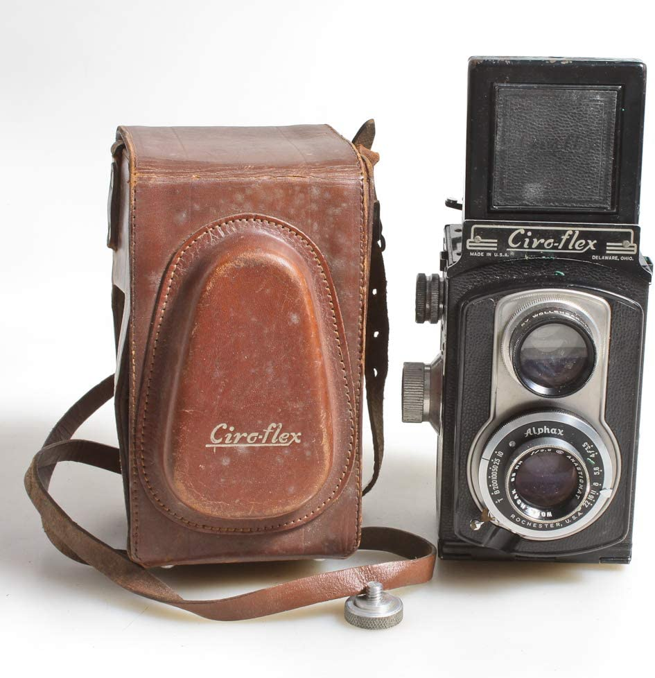Art Deco TLR CAMERA,for Display,W//Original Brown Leather CASE /& Strap