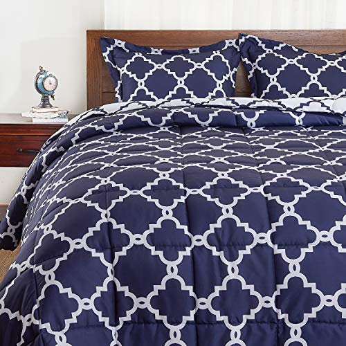 (Basic Beyond Down Alternative Comforter Set (Queen, Navy) - Reversible Bed Comforter with 2 Pillows Shams for All Seasons )