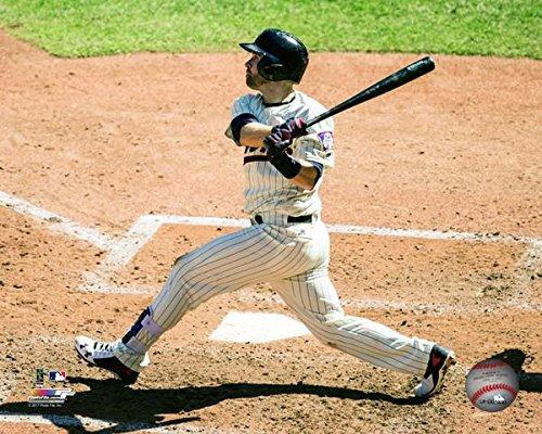 Brian Dozier Minnesota Twins 8 x 10 Photo Photograph Pose # 2 (batting) MLB Licensed