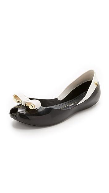 Amazon.com   Melissa Women's Queen IV Flats, Black/White, 9 B(M) US   Flats
