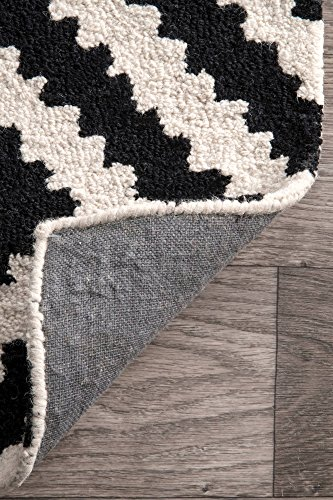 """nuLOOM Kellee Contemporary Wool Runner Rug, 2' 6"""" x 8', Black - Features a geometric design Construction: machine made Material is 100% polypropylene Frisee - runner-rugs, entryway-furniture-decor, entryway-laundry-room - 61ezhb0Su9L -"""