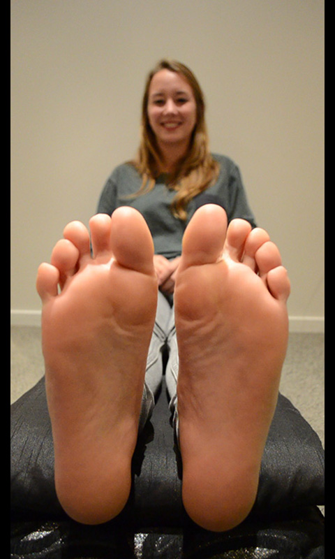 girl feet video
