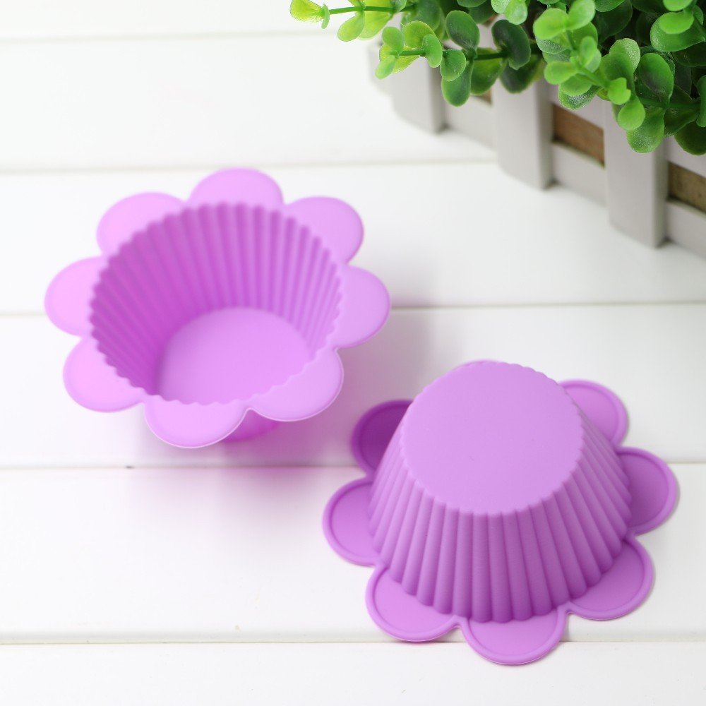 5 pcs 7cm Flower Shape Silicone Muffin Case Baking Mould Silicone Muffin Cup Chocolate Cupcake Liner Baking Cup Mold